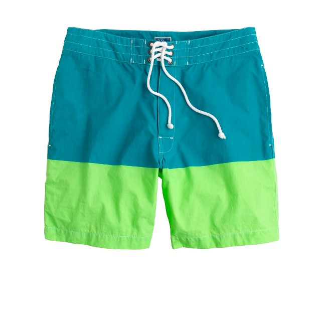 "7"" board shorts in colorblock"