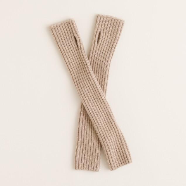 Ribbed glovelettes