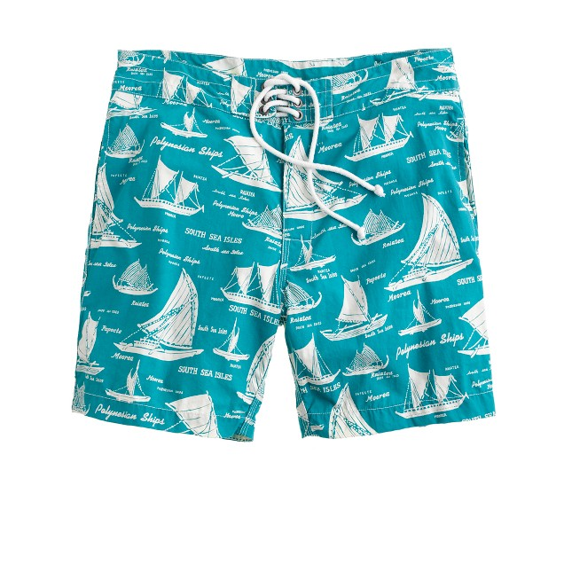 "7"" board shorts in nautical print"