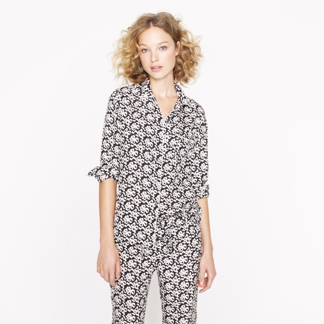 Collection silk ribbon bow-print pajama shirt