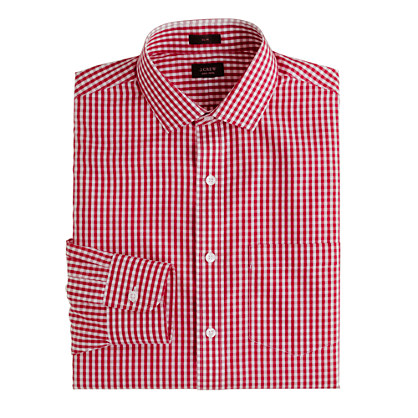 Slim non-iron dress shirt in medium gingham