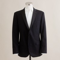 Ludlow two-button tuxedo jacket with double-vented back in Italian chino