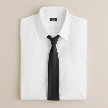 Point-collar broadcloth dress shirt