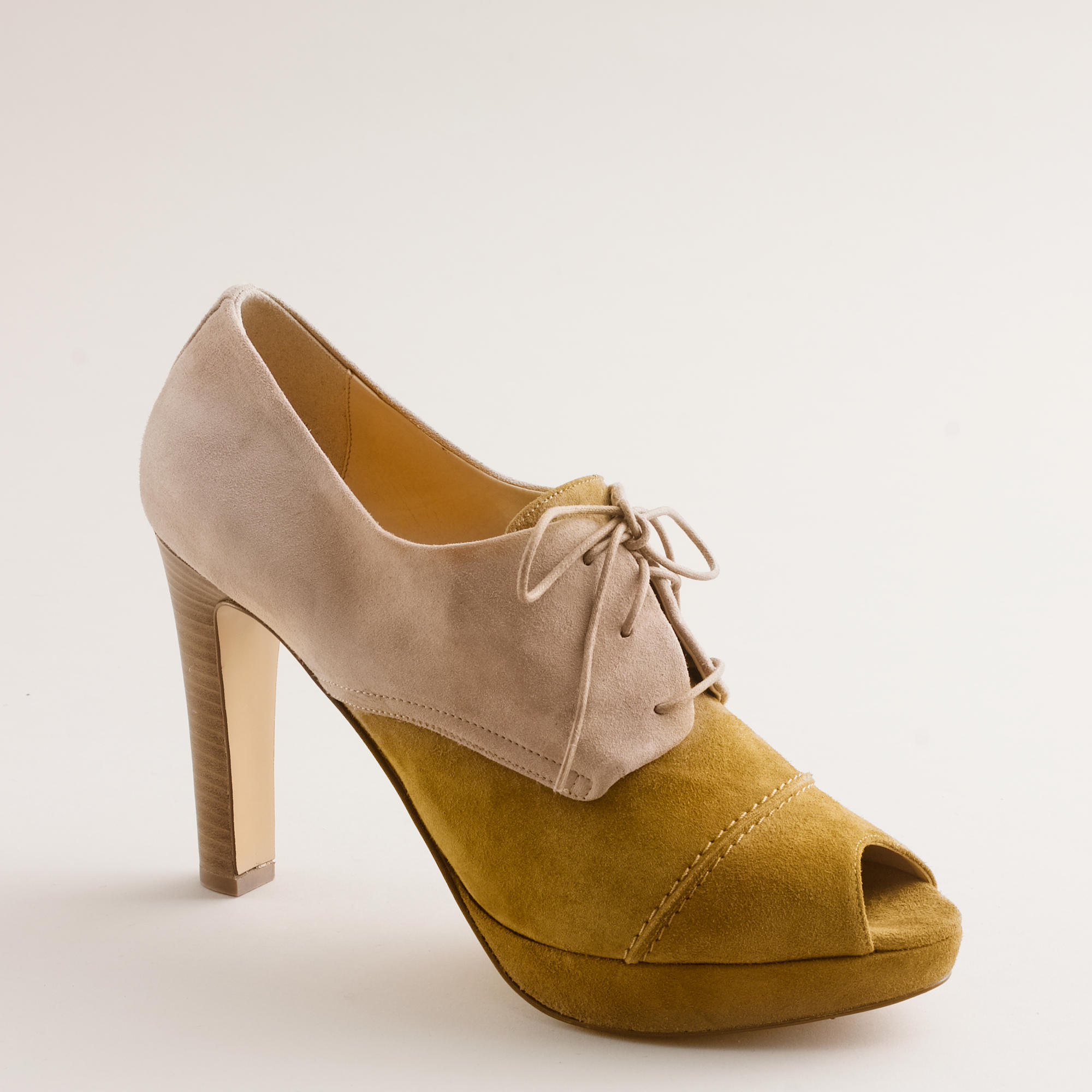 Oxford Shoes With A Heel