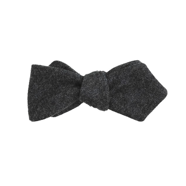 Wool bow tie in midnight