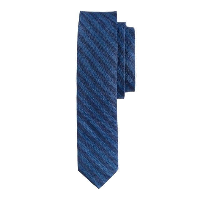 Linen-silk tie in indigo stripe<BulletPoint></BulletPoint>