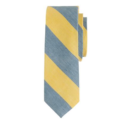 Broad-stripe tie<BulletPoint></BulletPoint>