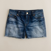 Denim short in shake it wash