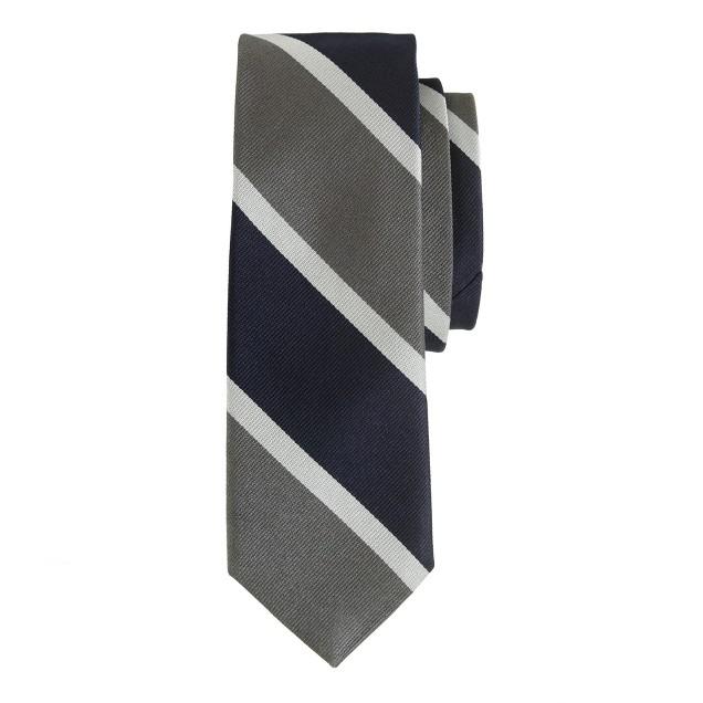 English silk tie in mercury grey stripe