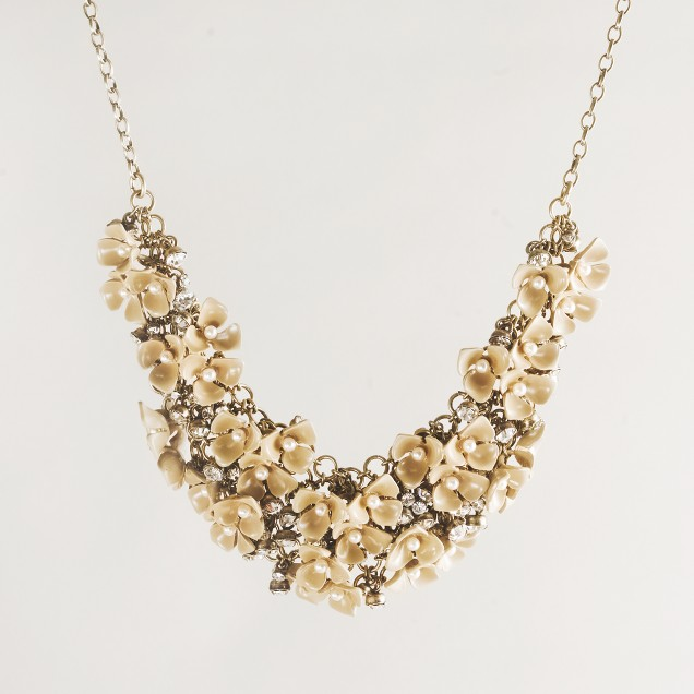 Sparkle flower necklace