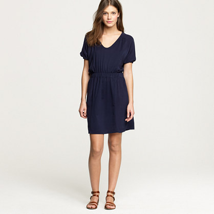 Short-sleeve hideaway dress