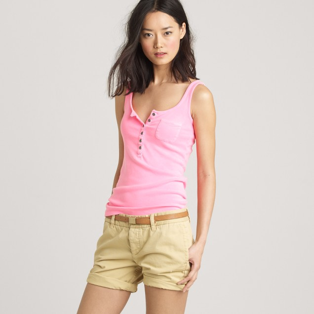 Perfect-fit henley tank