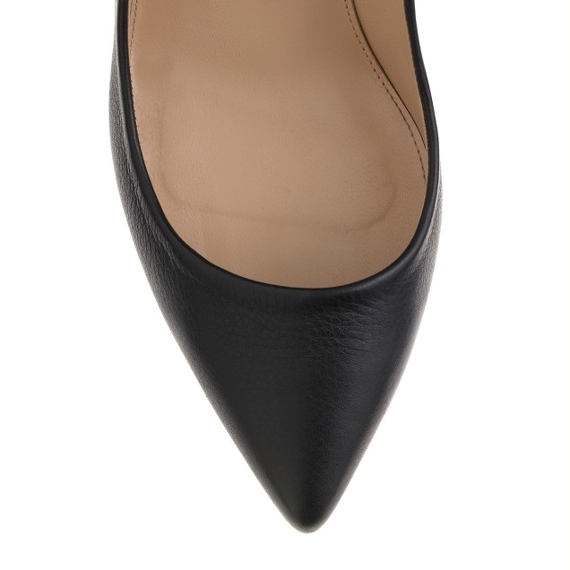 Ankle-cuff pumps