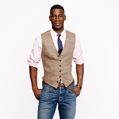 Pure linen attire including pants, shirts, vests, jackets, and three-piece suits for grooms and groomsmen, complete outfits specifically tailored for summer destinations and beach weddings. Both formal & /5(50).