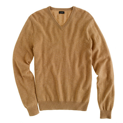 Slim Italian cashmere V-neck sweater