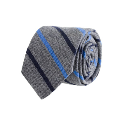 Wool tie in blue stripe