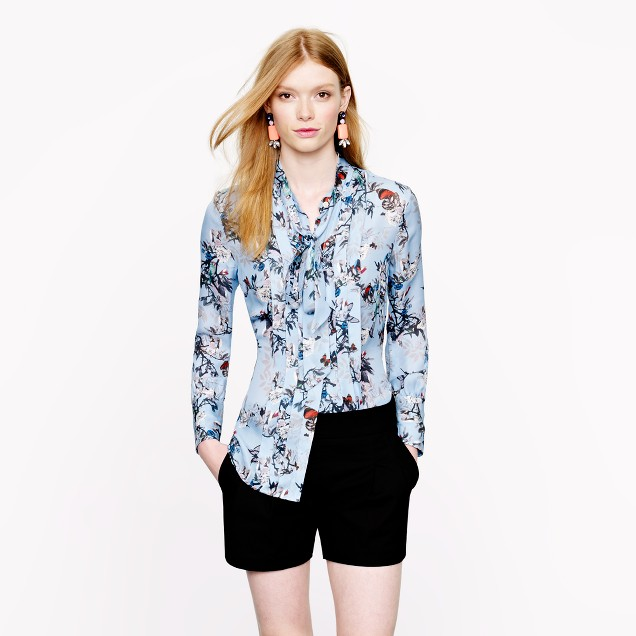 Collection secretary blouse in hummingbird floral