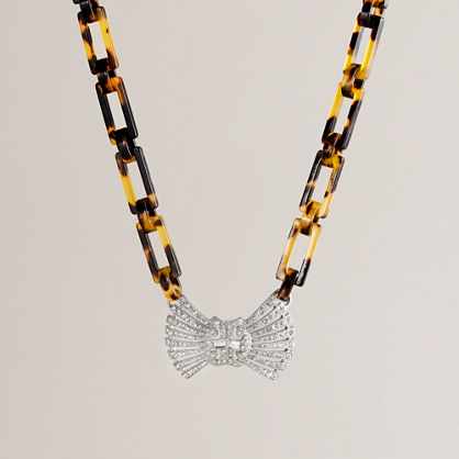 Deco bow tie necklace