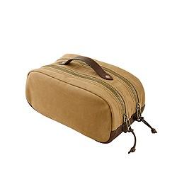 Abingdon travel kit