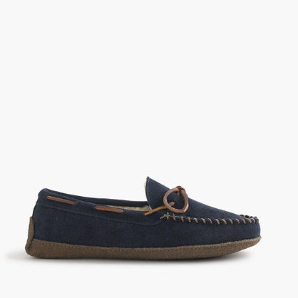 Fleece-lined lodge moccasins