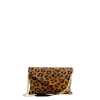 Invitation clutch in leopard