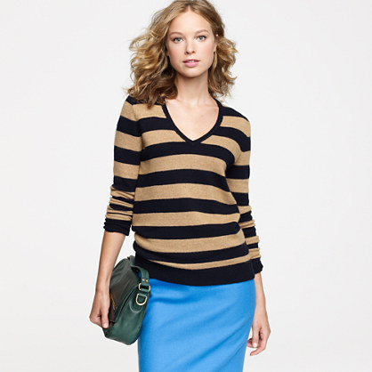 Dream V-neck sweater in stripe