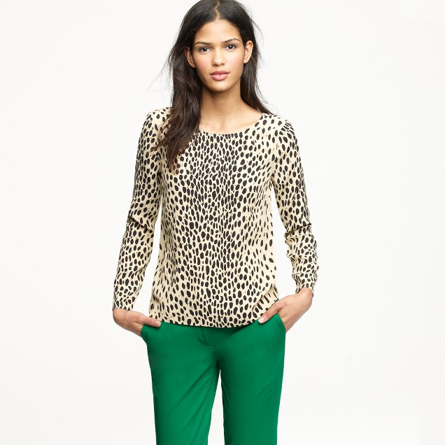 Scoopneck blouse in wildcat