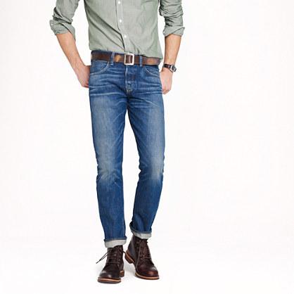 Wallace & Barnes slim selvedge jean in White Oak Cone Denim® with deck fade wash