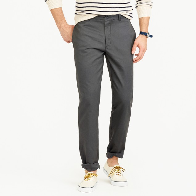 Essential chino pant in 1040 athletic fit