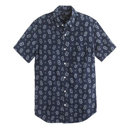 Short-sleeve Japanese chambray shirt in reverse indigo floral print