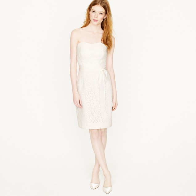 Laura lace dress
