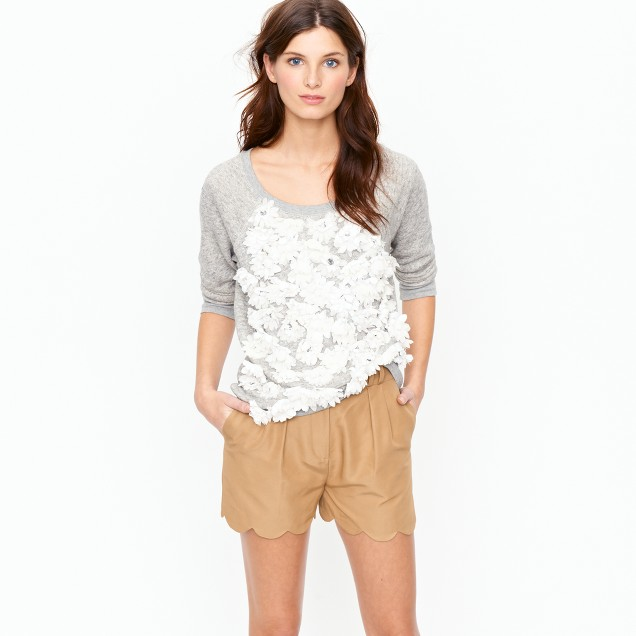Scalloped short