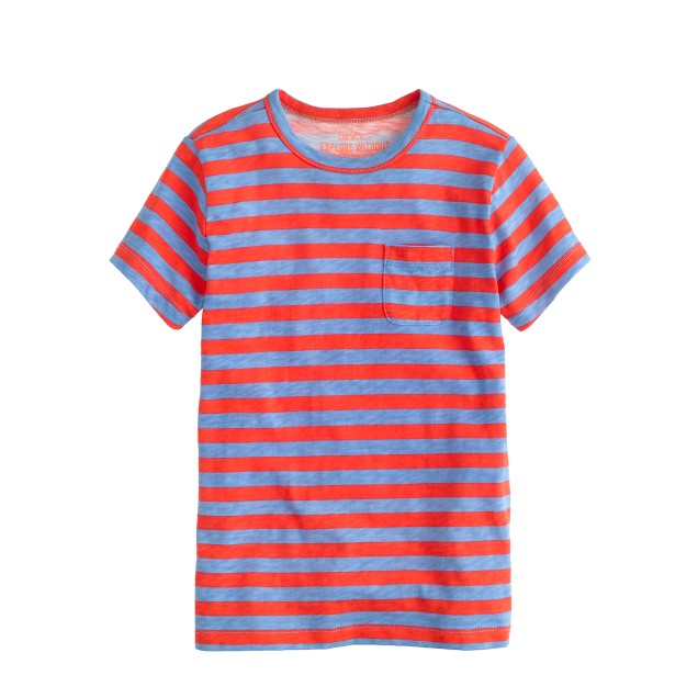 Boys' pocket tee in thin stripe