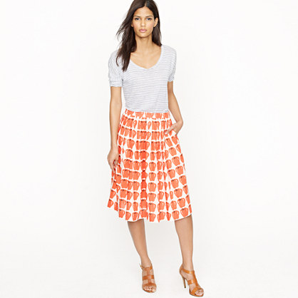 Pleated jardin skirt in delicious apple