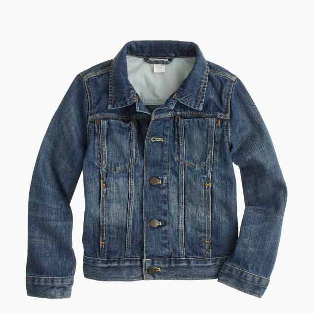 For boys, you can also invest in any of the stylish assortment of denim or wool jackets and coats. Discover sporty varsity styles with raglan sleeves as well as classic designs made of jeans material.