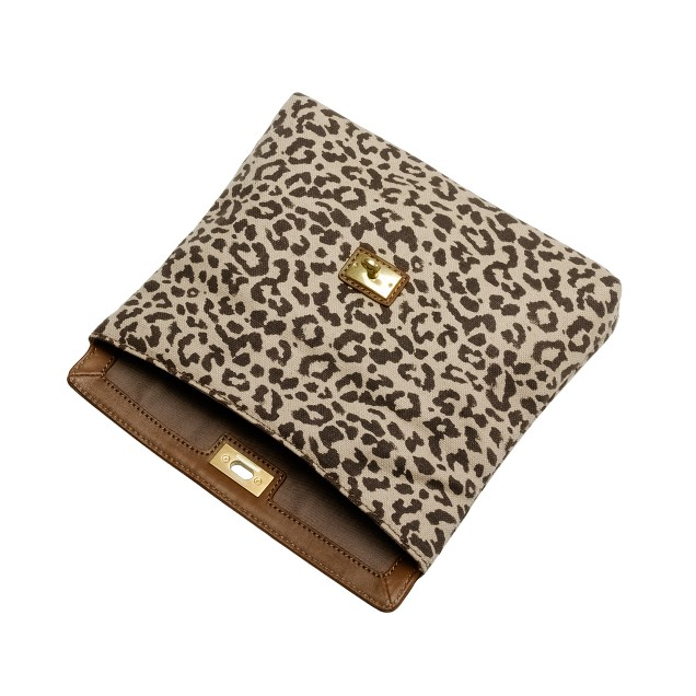 Brompton clutch in safari cat