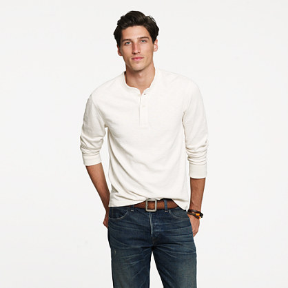 Wallace & Barnes 16/20s heavyweight henley in slim fit