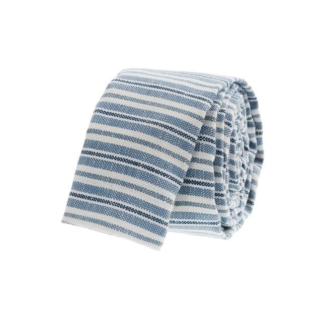 Flat-stripe tie