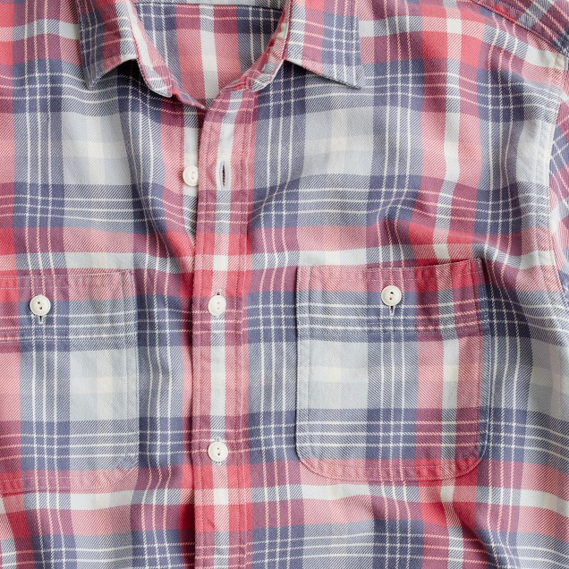 Flannel shirt in sunwashed red plaid