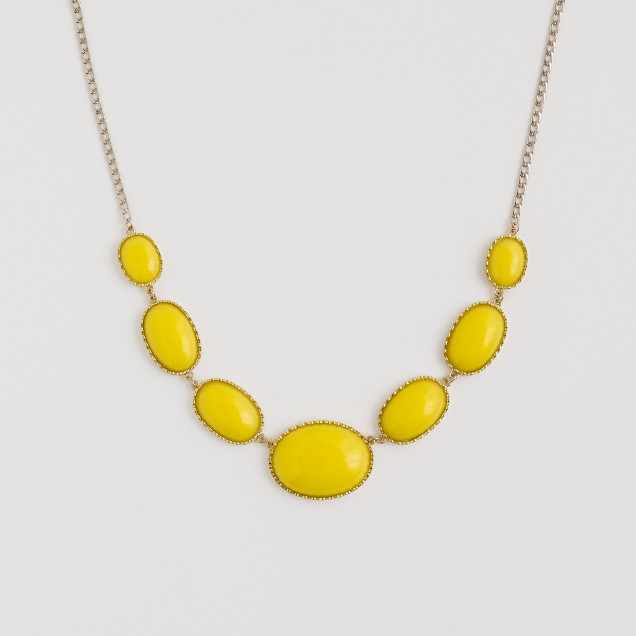 Factory oval stone necklace