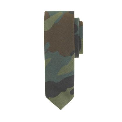 Boys' tie in camo print