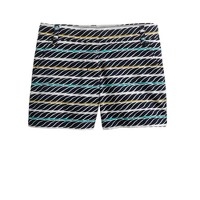 Twisted-stripe short