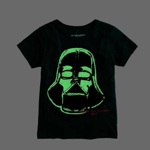 Boys' glow-in-the-dark Darth Vader Star Wars™ tee