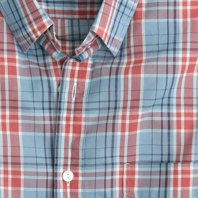 Lightweight chambray shirt in red sand check