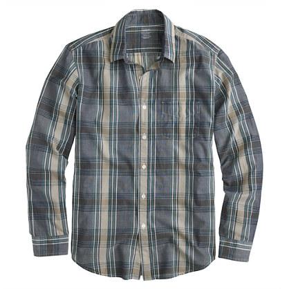 Lightweight chambray shirt in deep ultramarine plaid