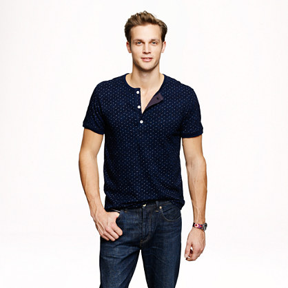 Short-sleeve dotted indigo henley