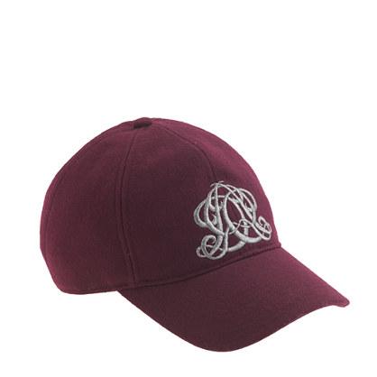 Embroidered emblem baseball cap in burgundy