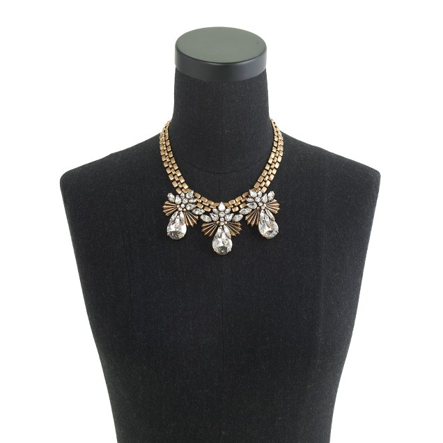 Fanned droplets necklace