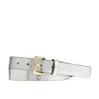 Crackled metallic leather belt