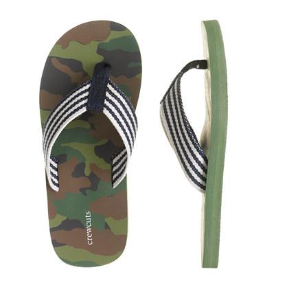 Kids' camo flip-flops
